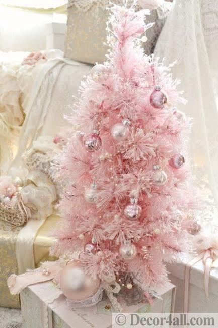 pale pink christmas color